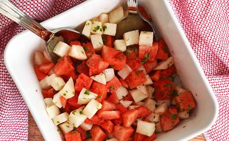 Ensalada de sandía y jícama. Receta saludable
