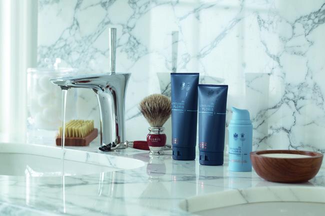 The Gentleman Floris Shaving V1
