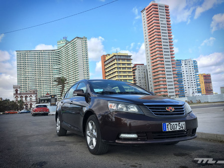 Geely Emgrand frontal Cuba