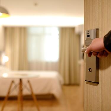 13 requisitos básicos para una habitación de hotel perfecta en la que te querrás quedar a vivir