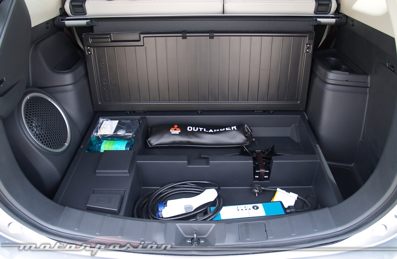 Foto de Mitsubishi Outlander PHEV (toma de contacto) (21/27)