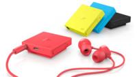 Si tienes que llevar un manos libres, que tenga estilo, y color, como el Nokia BH-121
