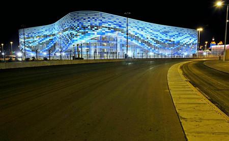 El circuito de Sochi sigue preparándose con la última capa de asfalto