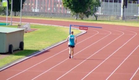 Correr en una pista de atletismo: ventajas e inconvenientes