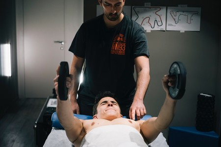 """Marc Márquez muestra su rutina de rehabilitación: """"Hasta que no me suba a la MotoGP no sabré cómo estoy"""""""
