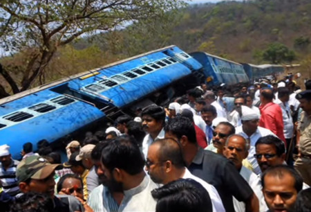 Accidente Ferroviario India