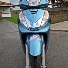 Foto 32 de 41 de la galería honda-scoopy-sh300i-prueba-valoracion-y-ficha-tecnica en Motorpasion Moto