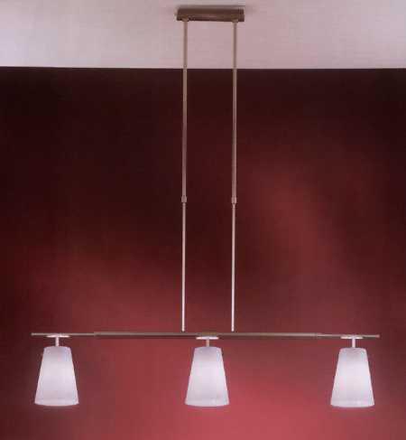 Lámparas colgantes en el comedor