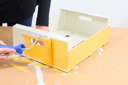 Pintar una caja de fruta