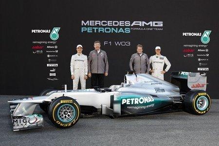 Mercedes AMG presenta el W03
