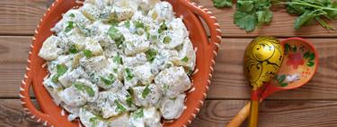 Ensalada de patata y yogur griego: receta para olvidar la mayonesa