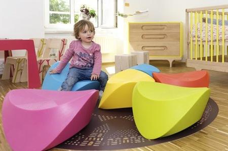 Hut Hut, asientos y balancines coloristas para niños