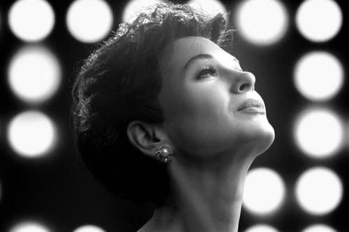 'Judy': la gran actuación de Renée Zellweger justifica su Globo de Oro en un biopic errático