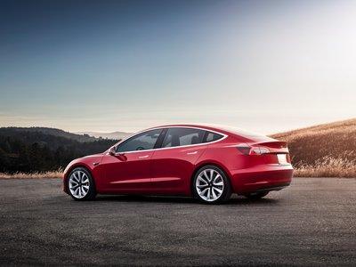La buena: Tesla llegó a las 200 mil unidades vendidas en EE.UU. La mala: Los incentivos fiscales disminuirán justo por eso