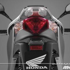 Foto 78 de 81 de la galería honda-scoopy-sh125i-2013-prueba-valoracion-galeria-y-ficha-tecnica-fotos-detalles en Motorpasion Moto