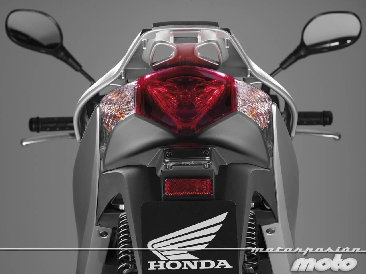 Foto de Honda Scoopy SH125i 2013, prueba (valoración, galería y ficha técnica)  - Fotos Detalles (78/81)
