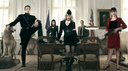 'Iron Sky' y 'Abraham Lincoln vs. Zombies', ideas delirantes