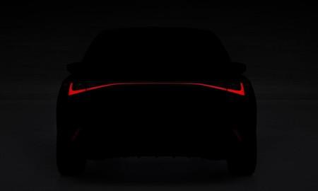 No, no es un SEAT León: el Lexus IS 2021 se asoma desde la oscuridad de su teaser