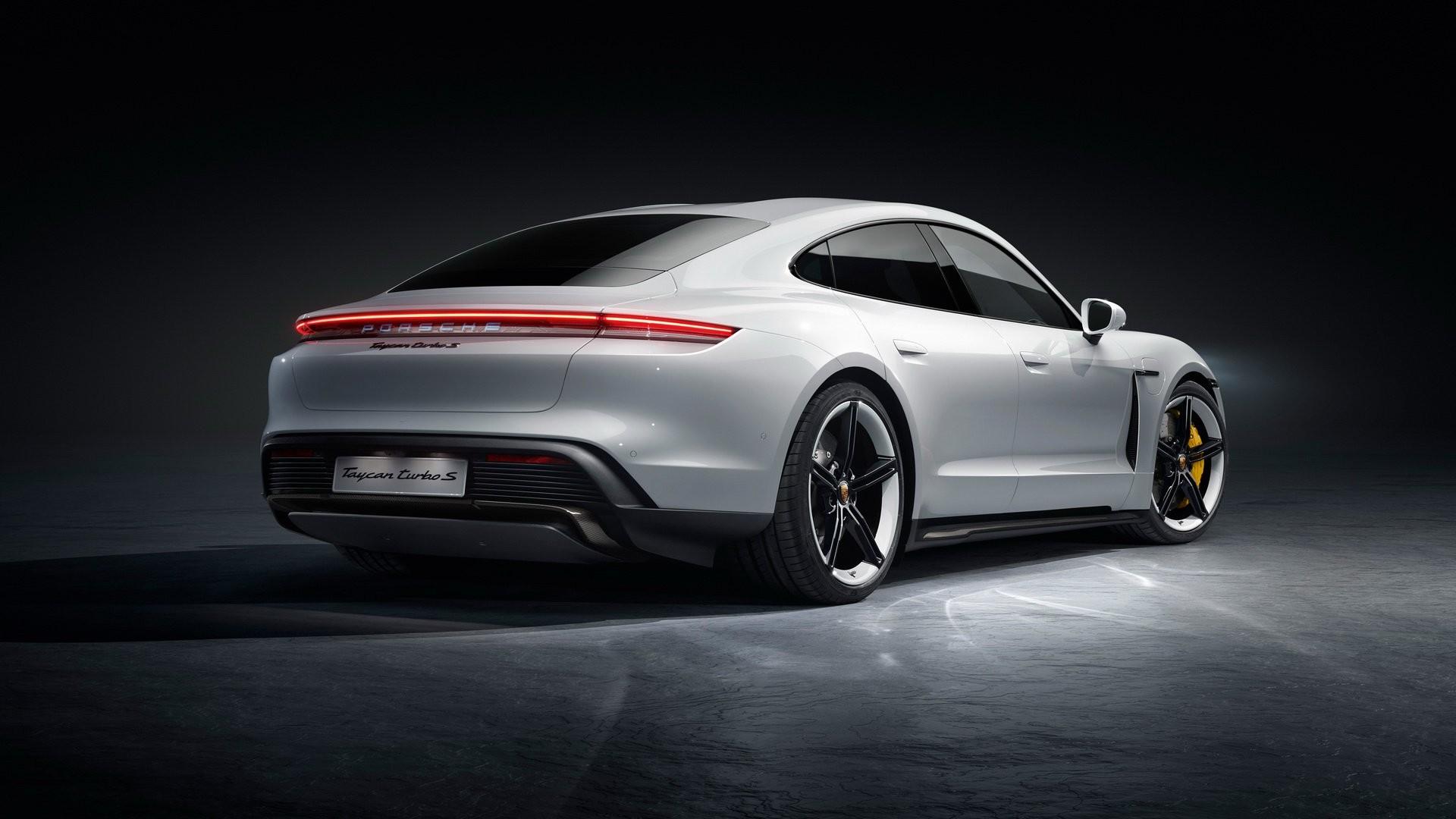 Foto de Porsche Taycan (16/29)