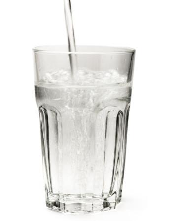 Sencillos trucos para consumir más agua