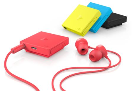 Diseño cuadrado y colorido para el Nokia BH-121