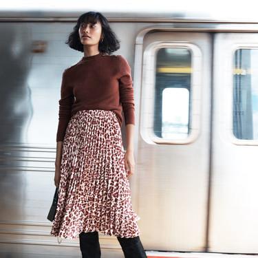 Vas a desear que llegue el lunes para llevar los estampados a la oficina con lo nuevo de H&M