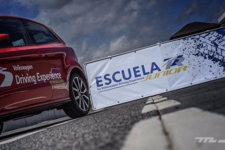 Volkswagen Driving Experience Escuela R 024