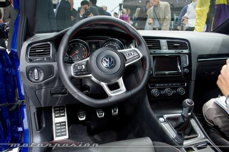 Volkswagen Golf GTI, Salón de París 2012