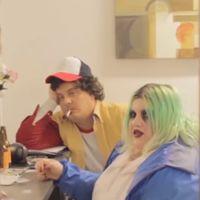 """""""A Millie le ha dado por el rollo gótico"""": Soy Una Pringada es Eleven de 'Stranger Things' en el último sketch de Wifileaks"""