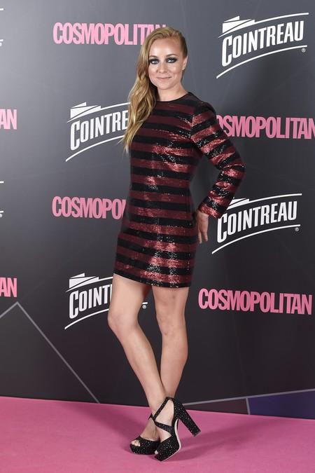 premios cosmopolitan 2017 alfombra roja look estilismo outfit Actriz Angela Cremonte