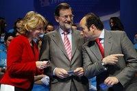 Esperanza Aguirre le sale protestona a Rajoy: plantea bajar el IRPF en Madrid
