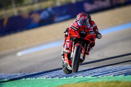Así funciona el sensor de presión, el VAR para los límites de pista en MotoGP que divide a los pilotos