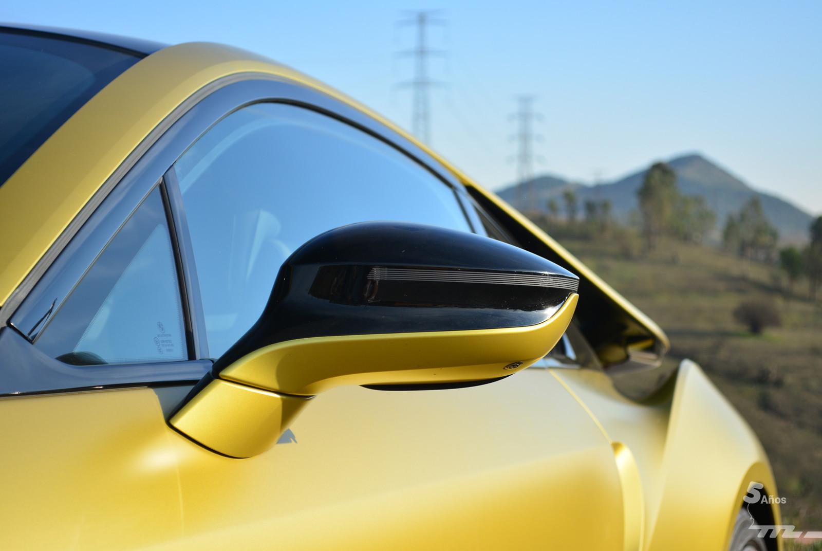Foto de BMW i8 Protonic Frozen Yellow 2017 (14/21)