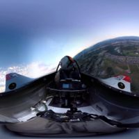 """La magia de los vídeos en 360° nos permite """"volar"""" en formación con un F-22"""