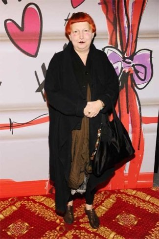 Lynn Yaeger, fiesta HM