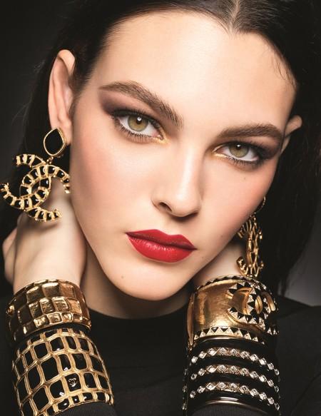 La colección de maquillaje de Chanel para esta Navidad es de las que vamos a querer usar todo el año