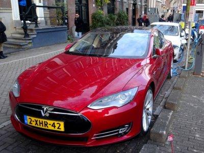 Las ayudas a los coches eléctricos en Holanda tienen los meses contados