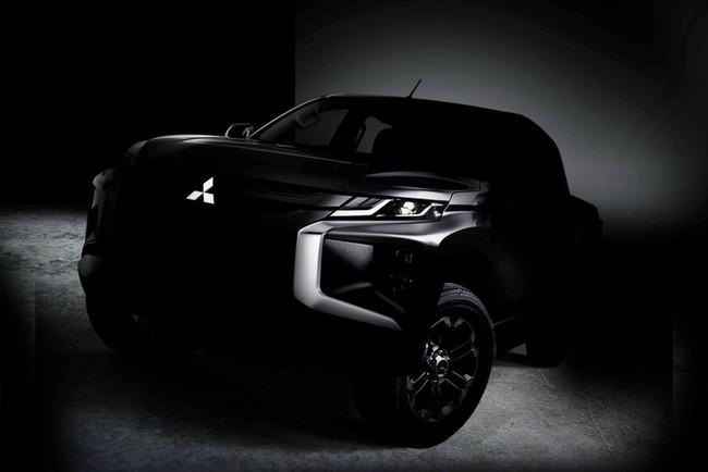 Mitsubishi L200 deja atrás las fotos espía y revela su primer teaser frontal