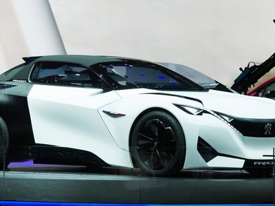 ¡Irreconocible! Eléctrico, Mild Hybrid y con cinco puertas. Así podría ser el nuevo Peugeot 208