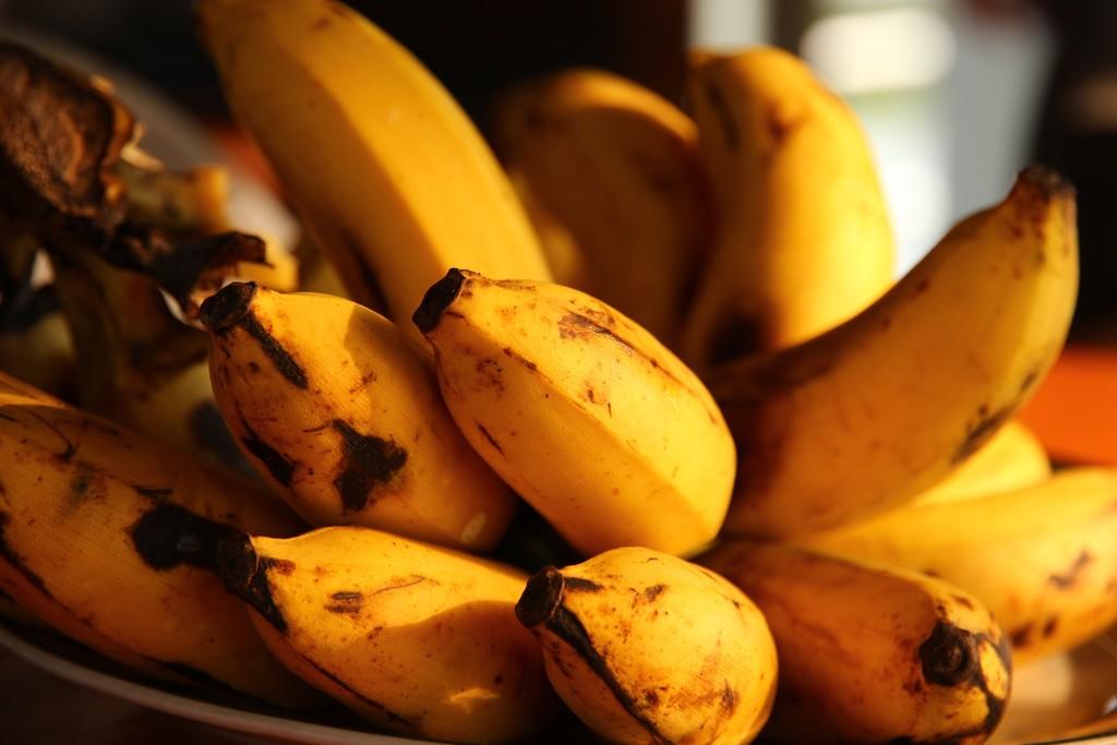 Cinco trucos para que los plátanos maduren más rápido en casa