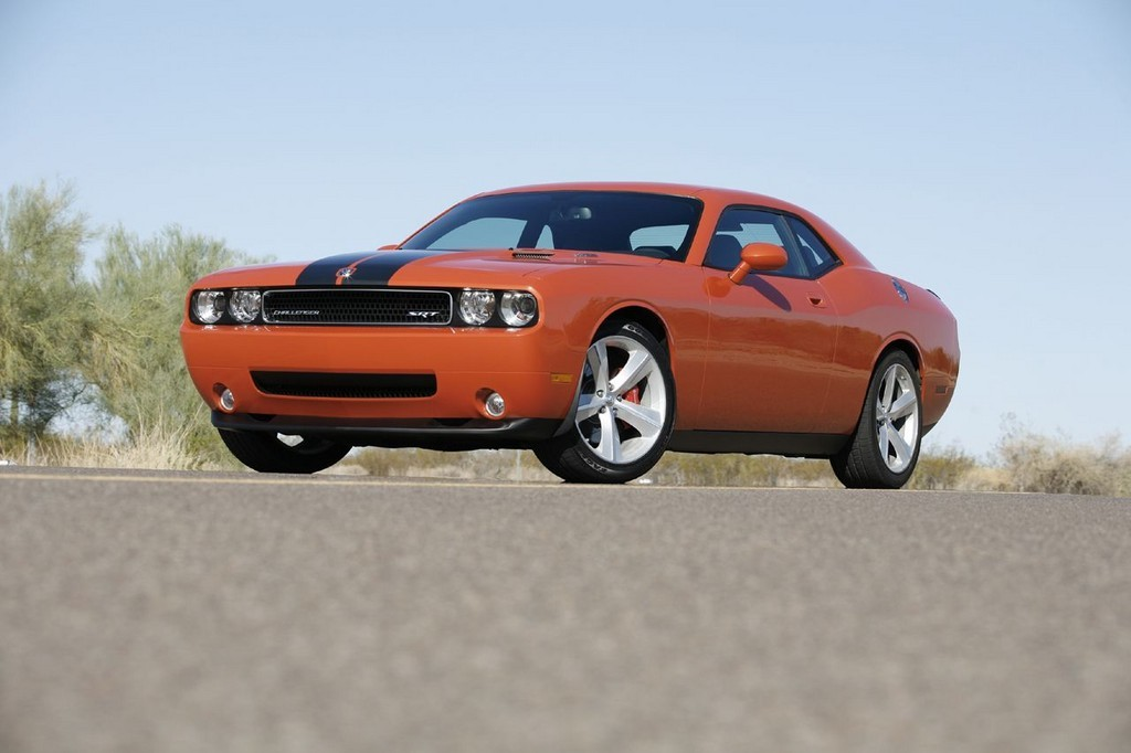 Foto de Dodge Challenger SRT8 (44/103)