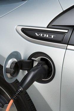 Habrá cargadores rápidos subvencionados para los primeros compradores del Chevrolet Volt