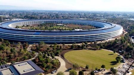 Apple está contratando a más ingenieros de software que de hardware por primera vez en tres años