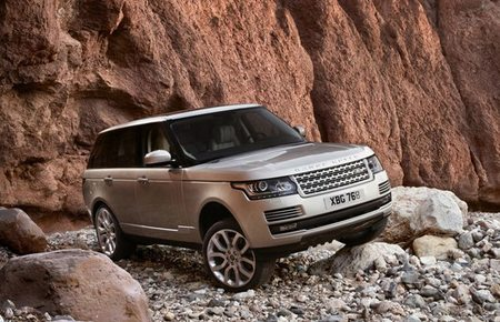 Land Rover se anima con los híbridos enchufables
