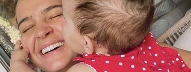 Laura Escanes utiliza el lenguaje de signos para comunicarse con su bebé de ocho meses: en qué consiste y qué beneficios tiene