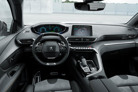 Peugeot 3008 Hybrid4 híbrido enchufable interior
