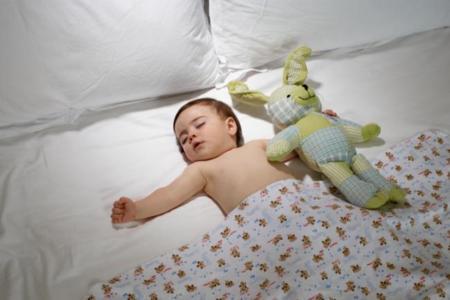 Dormir siete horas al día puede ser mejor que dormir ocho