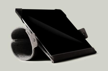 Funda con soporte para iPad con tres posiciones distintas