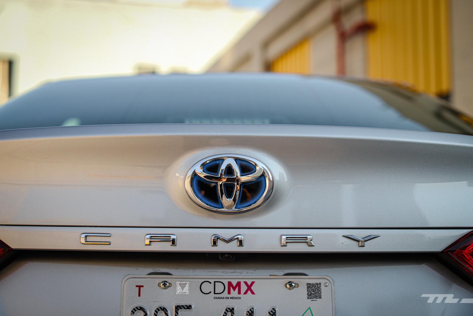 Foto de Toyota Camry Hybrid 2021 (26/38)
