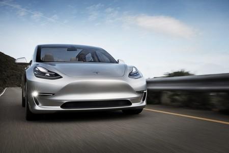 Las reservas del Tesla Model 3 copan todo el primer año de producción del modelo